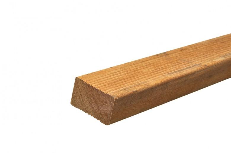 Hardhouten ligger 4,5 x 7 x 400 cm