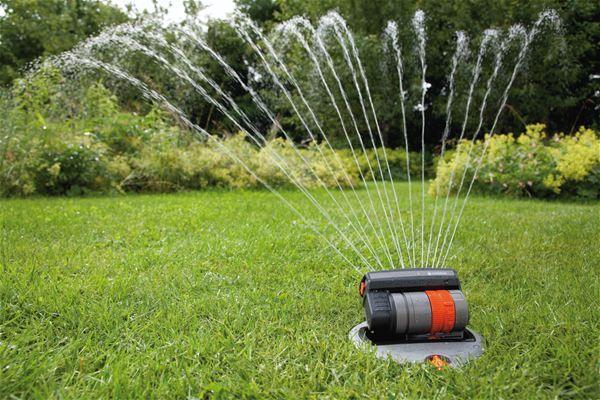 Sproei Installatie Tuin : Beregenen en sproeien de tuinen van appeltern