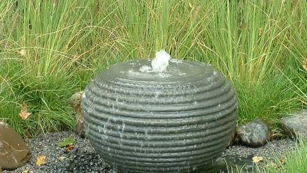 Waterbollen - Bronstenen