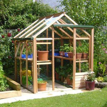 Een eigen tuinkas om in te kweken of in te verblijven!