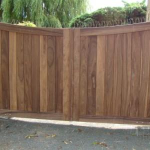 Onverwoestbare houten tuinpoorten