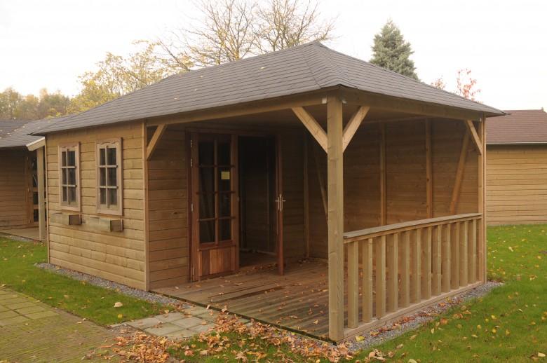 Tuinhuis met veranda 3 x 4 + 4 meter (De Buizerd) - De Tuinen van ...