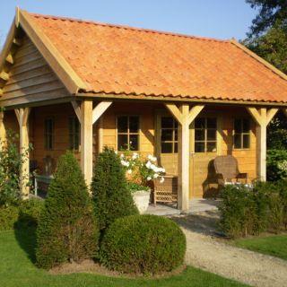 Tuinhuis Rustiek 03 (Tuinhuis van Douglashout met luifels 4,5 x 4 meter)