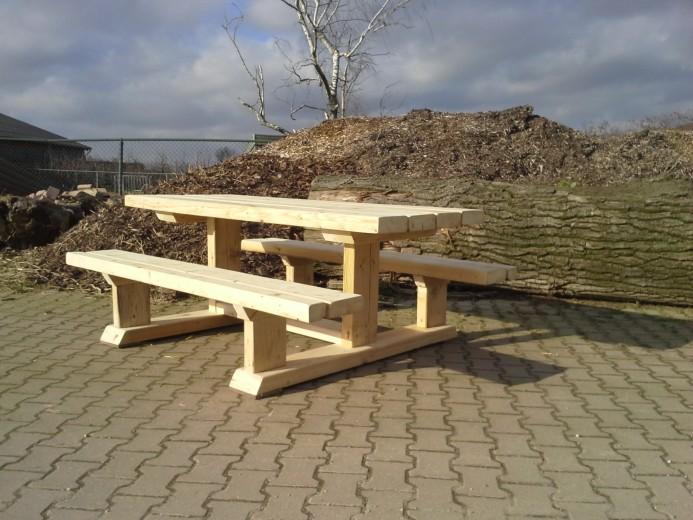 Robuuste Picknicktafel (tafelblad: 80 x 200 cm)