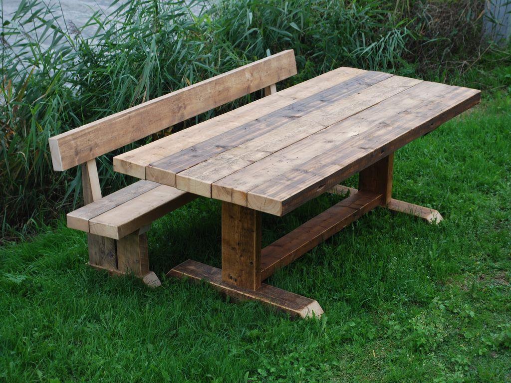 Robuuste houten tuintafel (Kwebbeltafel, 200 cm lang en 100 cm breed)