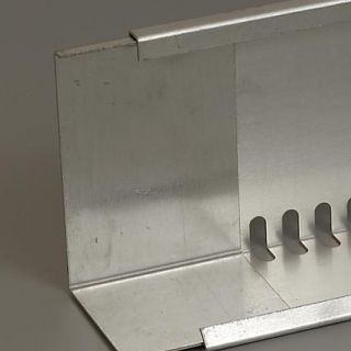 Verbindingsstuk voor geperforeerd aluminium randprofiel
