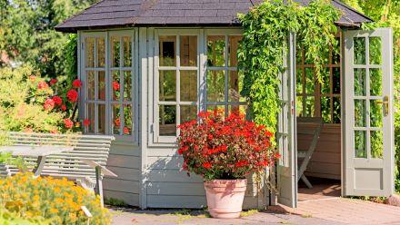 Tuinhuis - Tuinhuizen - Tuinhuis met veranda - Tuinhuis met overkapping - Tuinhuis met luifel - Tuinhuisje - Tuinhuisjes