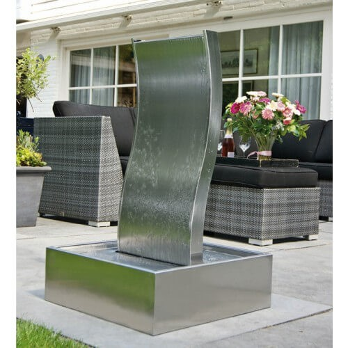 terrasfonteinen waterornamenten voor op het terras de. Black Bedroom Furniture Sets. Home Design Ideas