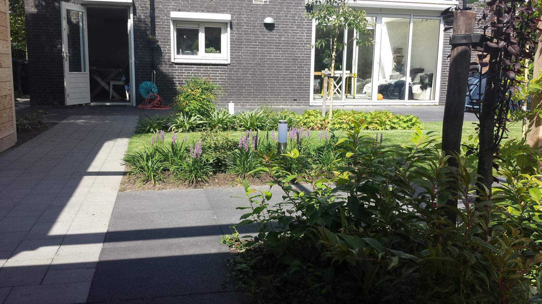 Relax tuin aan het water Tilburg
