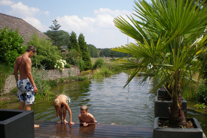 Zwemmen in uw eigen tuin