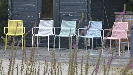 Tuinmeubelen in heerlijke pastelkleuren (MAX & LUUK outdoor furniture)