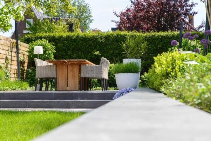 Moderne klassieke tuin Steenbergen