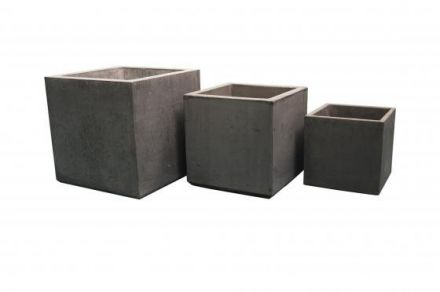 Vierkante Betonnen bloembak 40x40x40 cm licht antraciet (bloembakken van beton artikelnummer 20140A)