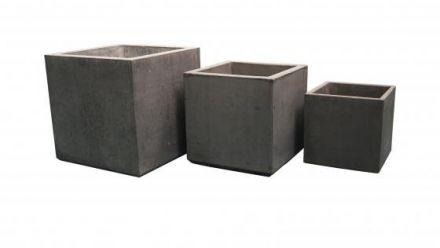 Betonnen bloembakken (plantenbakken van beton)