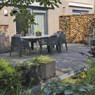 Moderne Tuin in Bergen op Zoom