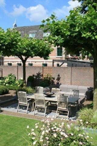 Klassieke tuin aan de Oude Rijn