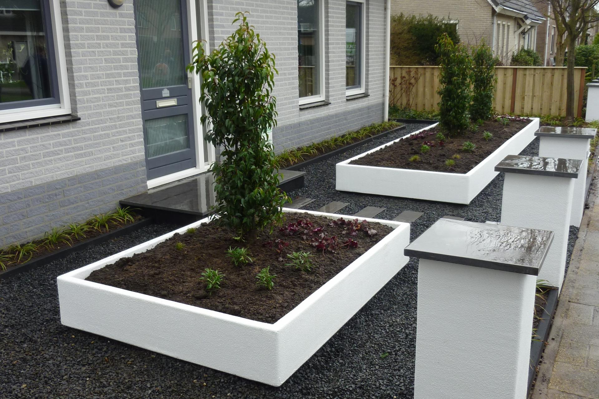 Voortuinen dutch quality gardens for Foto s voortuinen