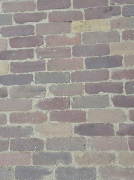 Oude hardgebakken dikformaat Vlaardingen, paars, bruin, brons genuanceerd