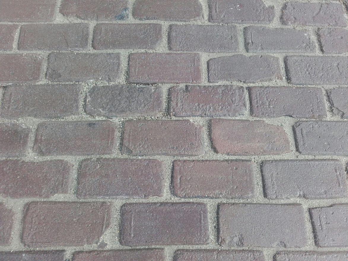 Oude hardgebakken keiformaat Brugge, paars genuanceerd (10 duimer, klinkerkei)