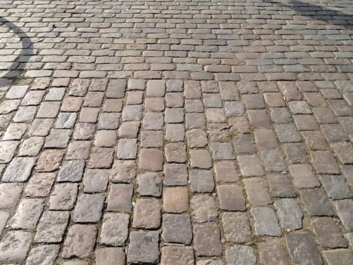 Oude Zweedse granieten keien ca. 14-20 cm