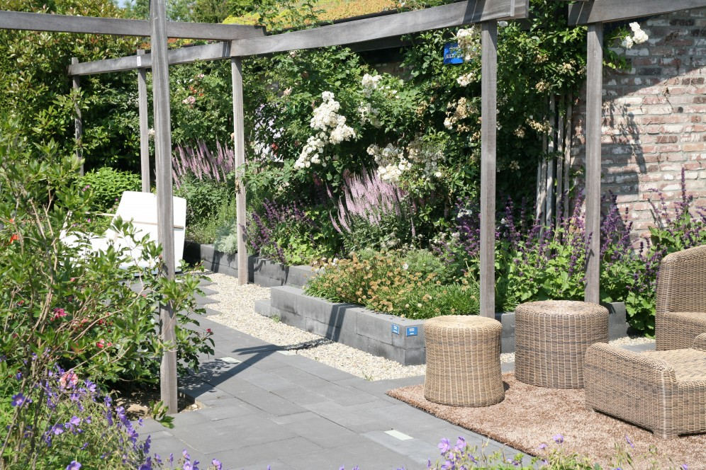 Kunstobjecten Voor Tuin : Ondiepe tuin met groendak de tuinen van appeltern