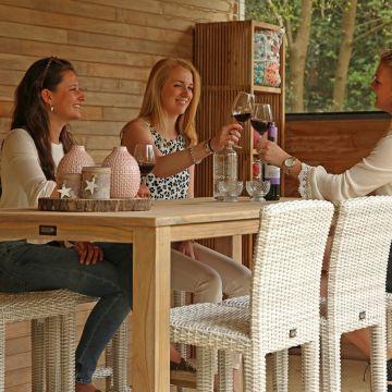 Vier vakantie in eigen tuin met een barset van Kees Smit!