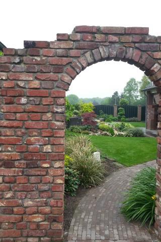 Privacy in je eigen tuin in de zomer en winter