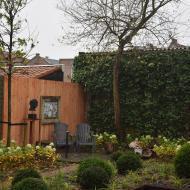 Binnenstadstuin in Enkhuizen met luxe overkapping