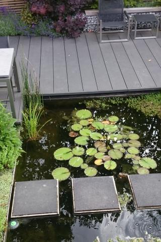 Tuin in Lelystad met verschillende niveaus