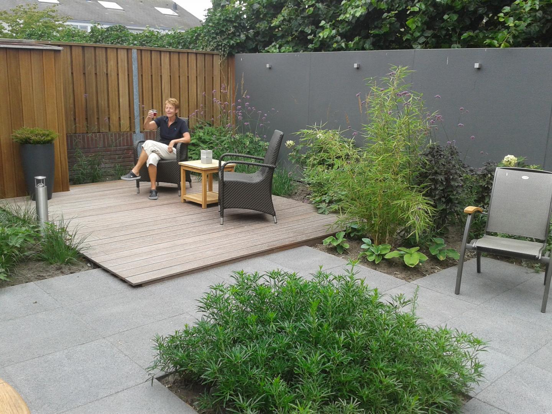 Strakke tuin moderne kleine tuin in eersel dutch quality for Strakke kleine tuin