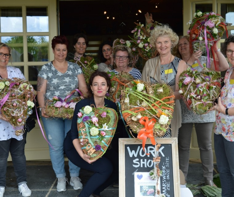 Paasdecoratieworkshop: 'Bloemrijke etagère'