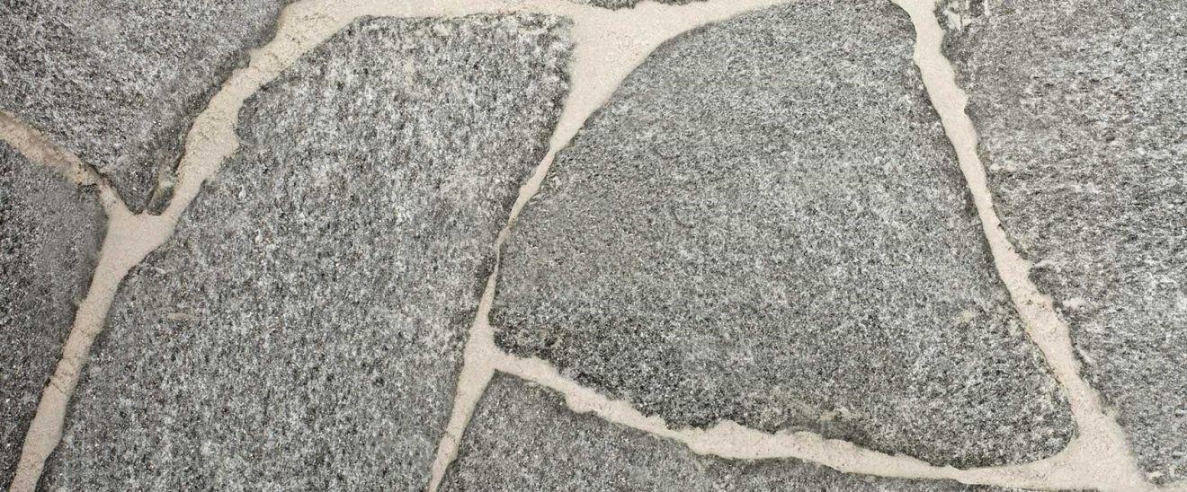 Calanca flagstones 3-5 cm dik (per kg - art. 55070185)