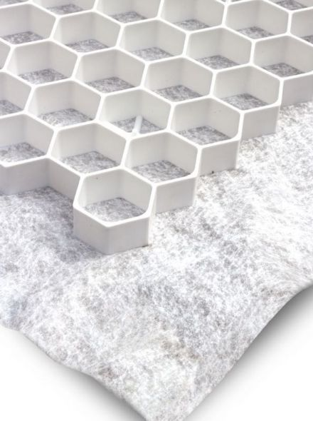 Witte grindplaat met antiworteldoek 119 x 78,6 x 3 cm (407 stuks = 364,43 m2 - EXCELLENT)
