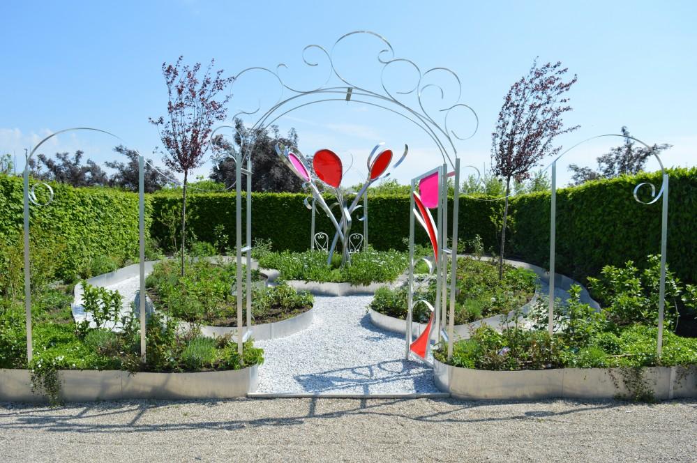 Le Jardin Rouge