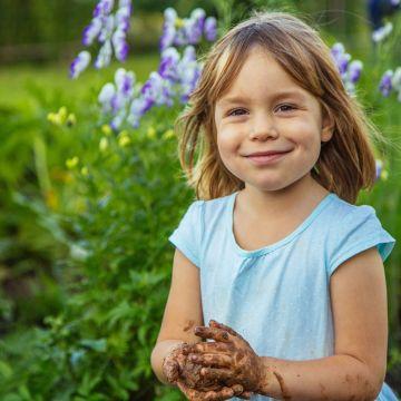 Kindvriendelijke tuin voor jonge kinderen