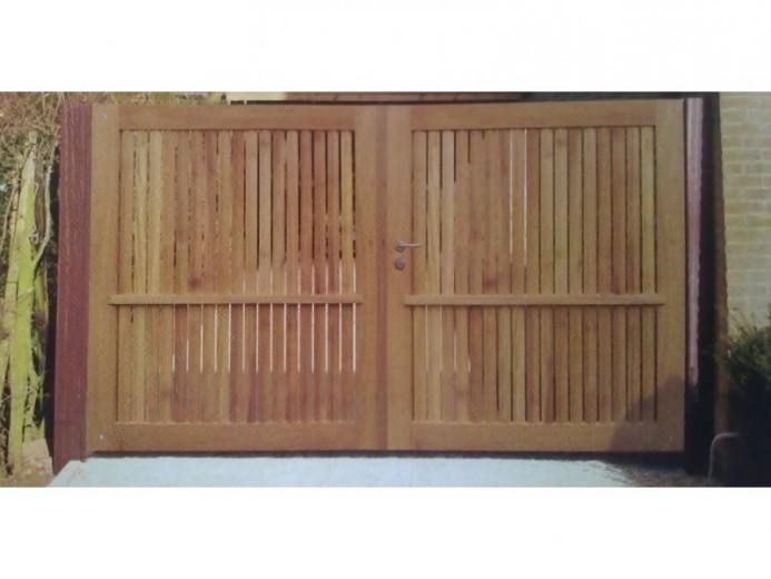 Gardival | Sierpoort Preston | 180x100 cm | Iroko