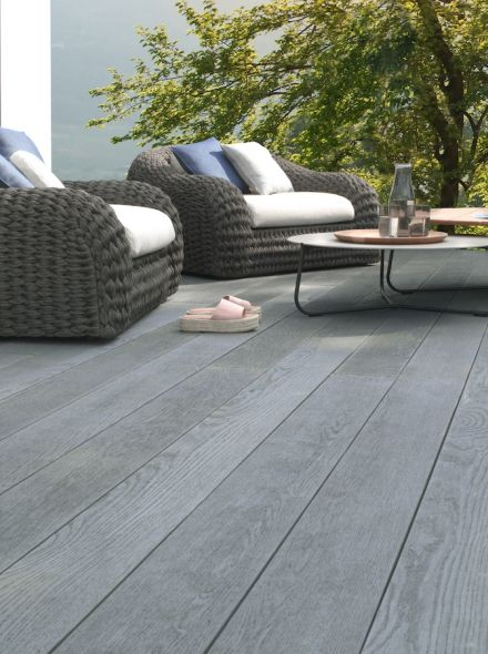Enhanced Grain – Brushed Basalt (Millboard)