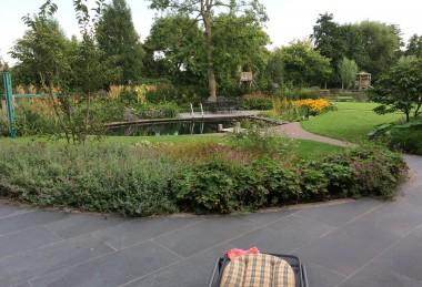 een 2 gezinnen tuin