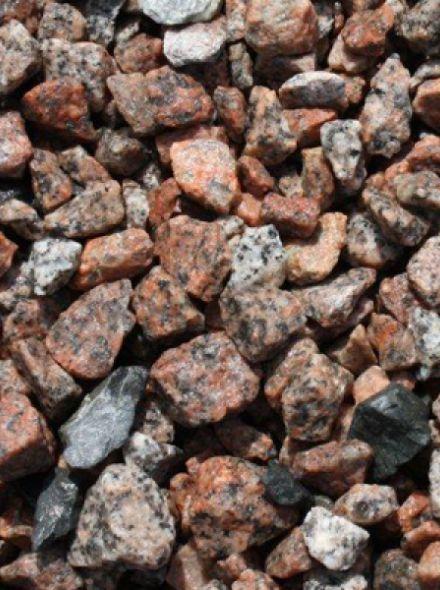 Graniet split rose,rood 8 - 16 mm (Graniet split in 20 kg zak)