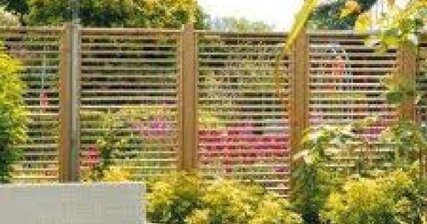 Verwonderlijk Een houten schutting | De Tuinen van Appeltern EB-83