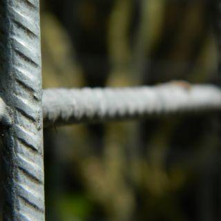 Draadmat verzinkt (Gaasmat Gegalvaniseerd) mazen 7,5 x 7,5 cm. Afmeting 3 x 2 meter