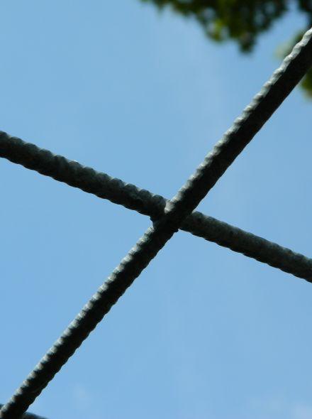 Draadmat verzinkt (Gaasmat Gegalvaniseerd) mazen 15 x 15 cm. Afmeting 3 x 2 meter
