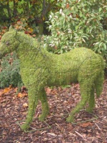 Paard 94x97x30 cm met mos