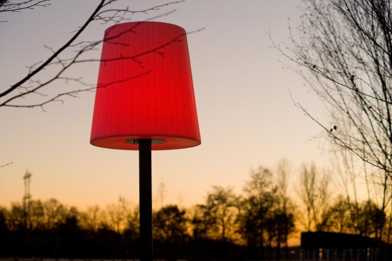 Buitenschemerlamp LICHTE – Mast met voet (Thermisch verzinkt)