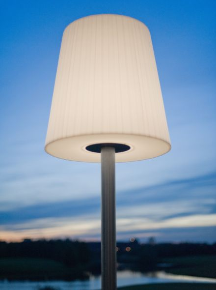 Buitenschemerlamp LICHTE – Mast met schroefanker  (Gepoedercoat)