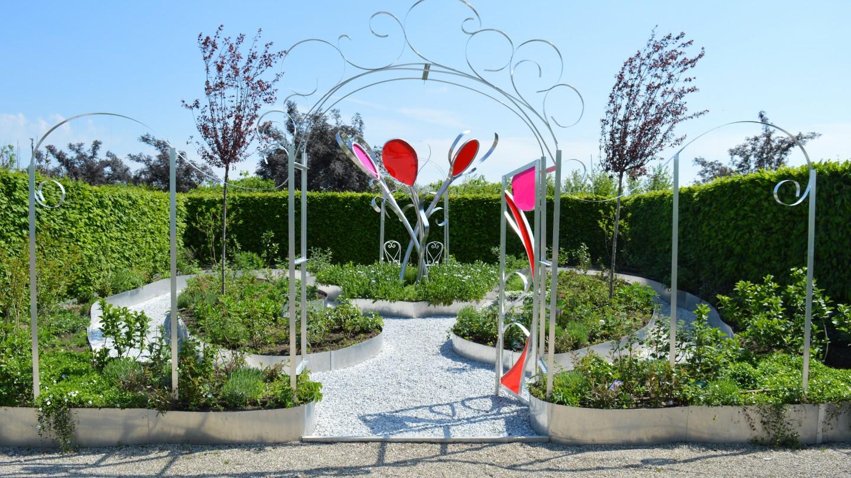 Dicky de Vos wint met haar tuin 'Le Jardin Rouge' de publieksprijs van 'Tuinen der lusten'