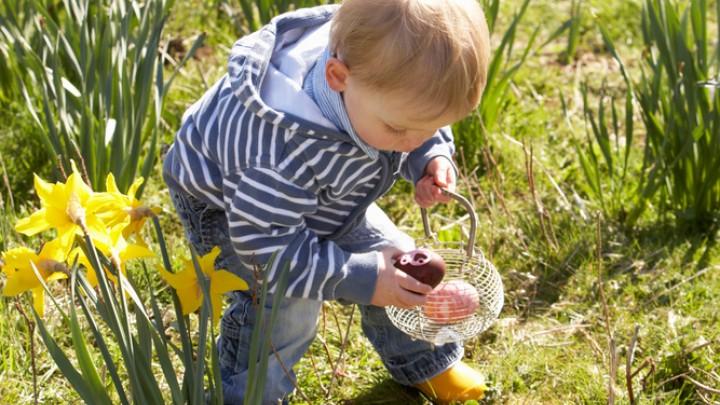(Ouderwets) buitenspelen met Pasen in De Tuinen van Appeltern