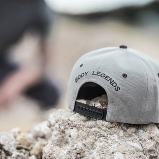 Body Legends SnapBack Grey Black