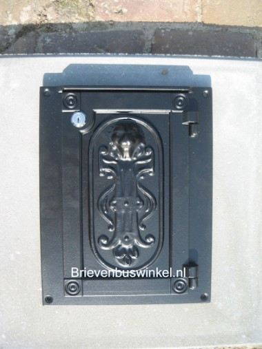 Brievenbusdeur in frame Zwart