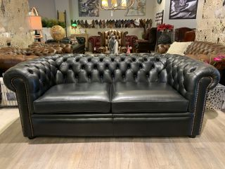 Engelse chesterfield 2,5 zits bank Zwart Salvale